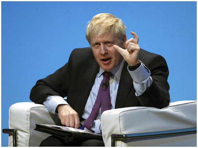約翰遜指英國「硬脫歐」的機會是100萬分之一。AP
