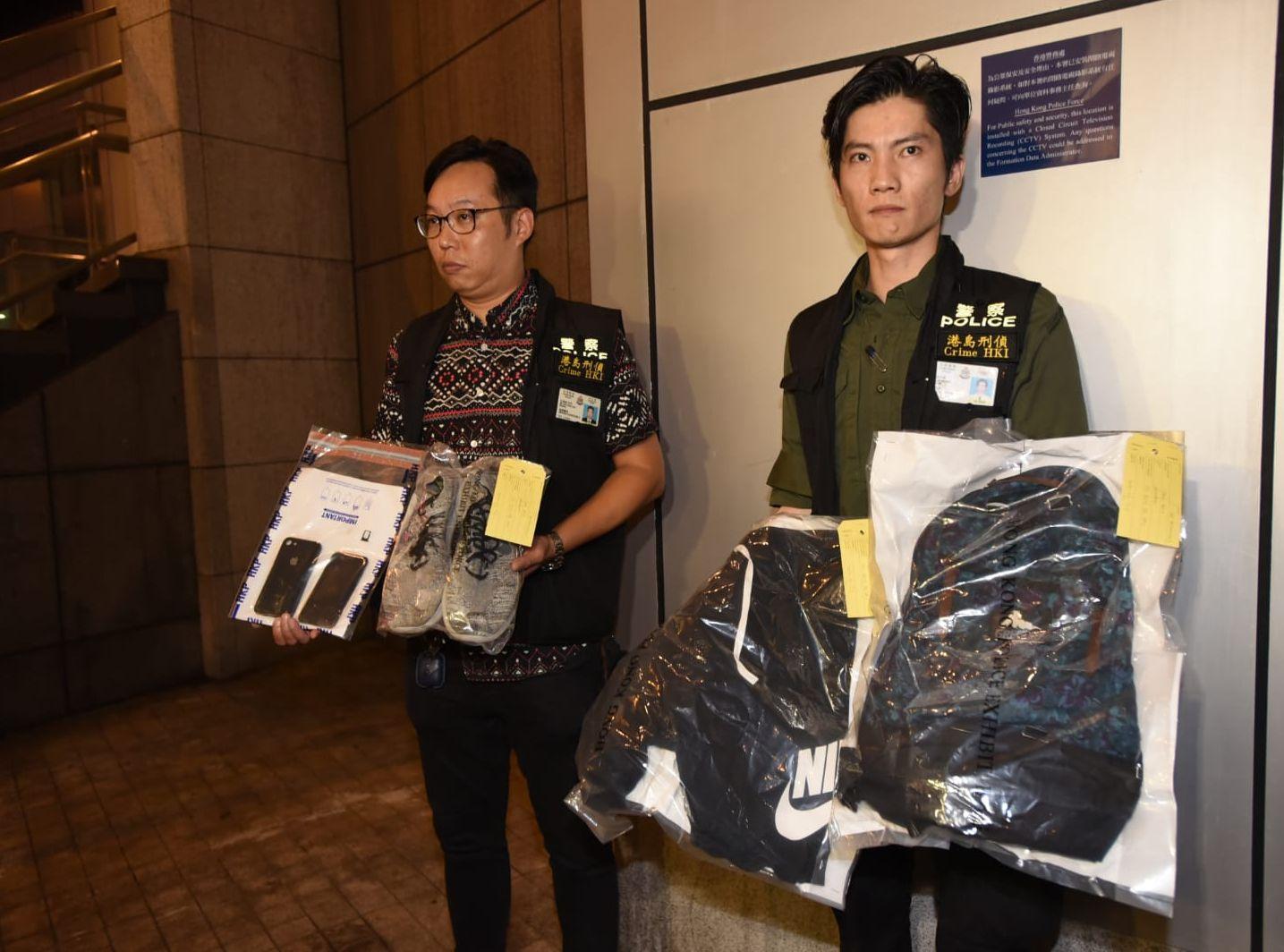 警方昨晚搜出涉案衣物。資料圖片