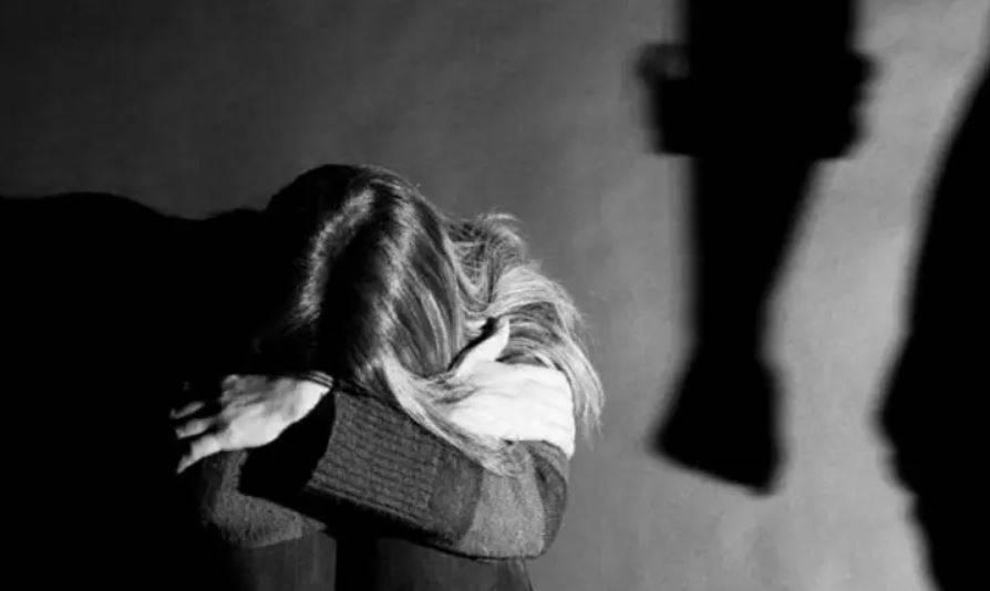 深圳一名男子涉嫌長期虐待妻子,妻子懷疑不堪受虐,今年5月服農藥自殺身亡。示意圖