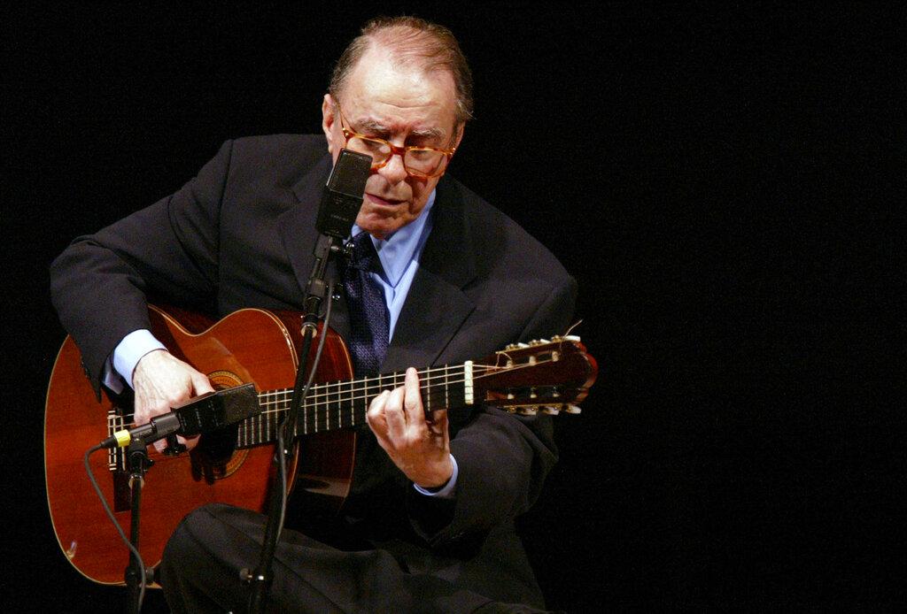 吉爾貝托在里約熱內盧家中逝世,終年88歲。 AP