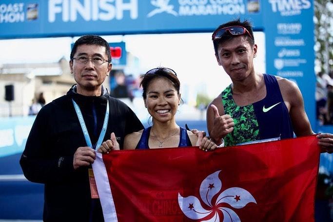姚潔貞(中)造出2小時34分07秒佳績,成功把陳敏儀○四年創下的2小時35分49秒香港女子紀錄推前。 網上圖片