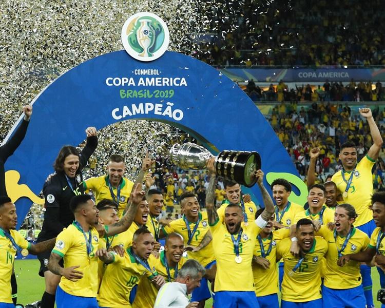 巴西相隔12年再度封王。AP