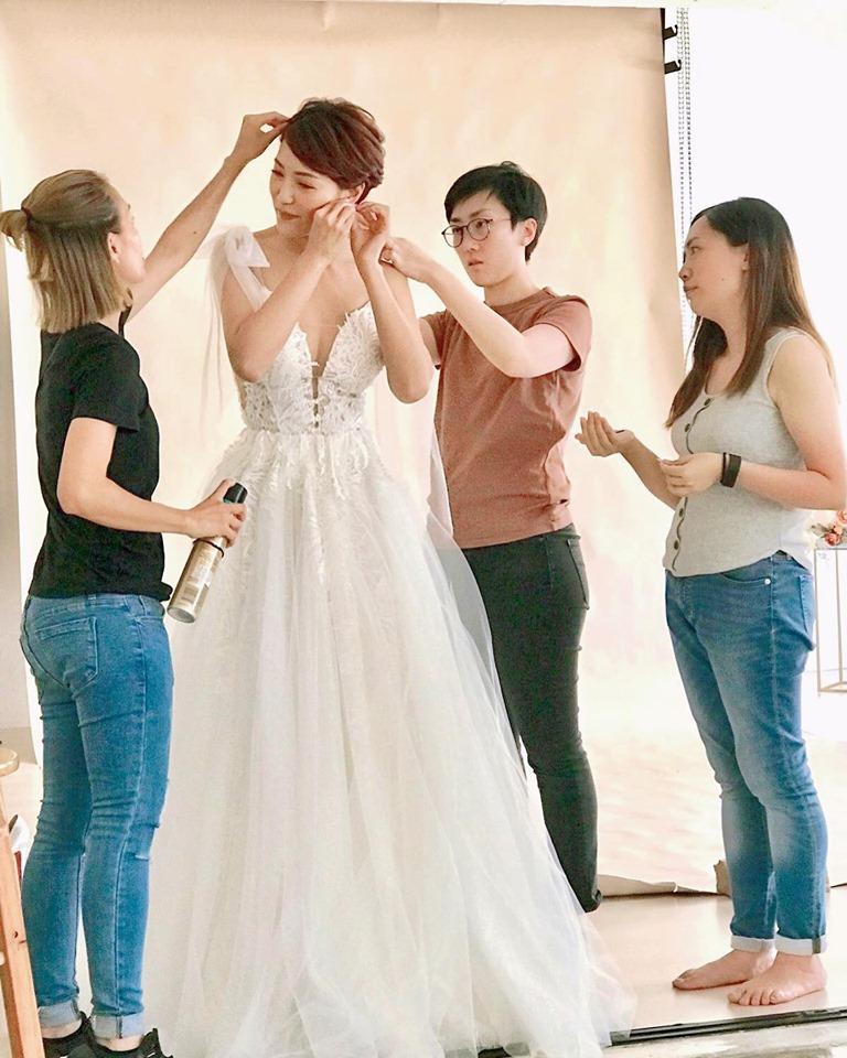 穿上緍紗的李璧琦明豔照人。IG
