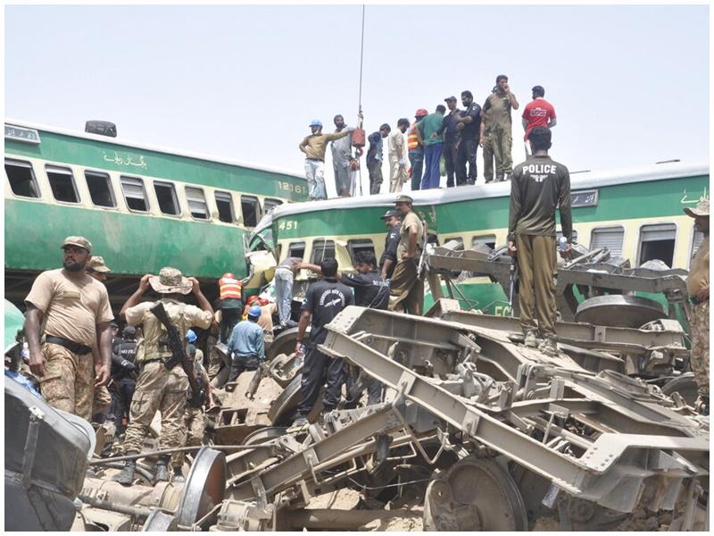 事故造成數十死傷。AP