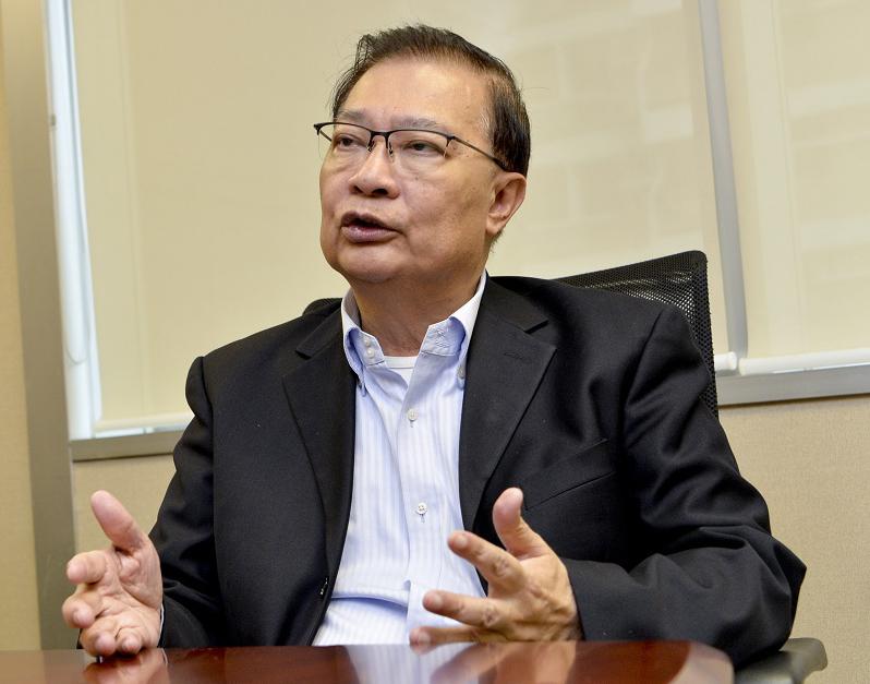 對政府拒表明撤回修訂《逃犯條例》,譚耀宗認為,無需延續對字眼的爭拗。 資料圖片
