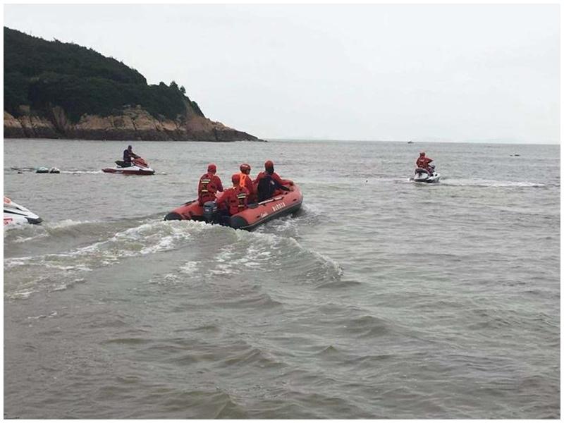 警方派出400人上山下海搜索。網圖