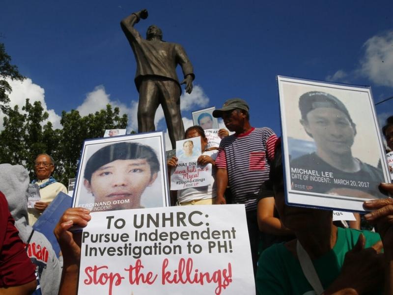 近日,馬尼拉有民眾示威,抗議當局涉嫌在掃毒時,未經審訊處決涉案人士。AP