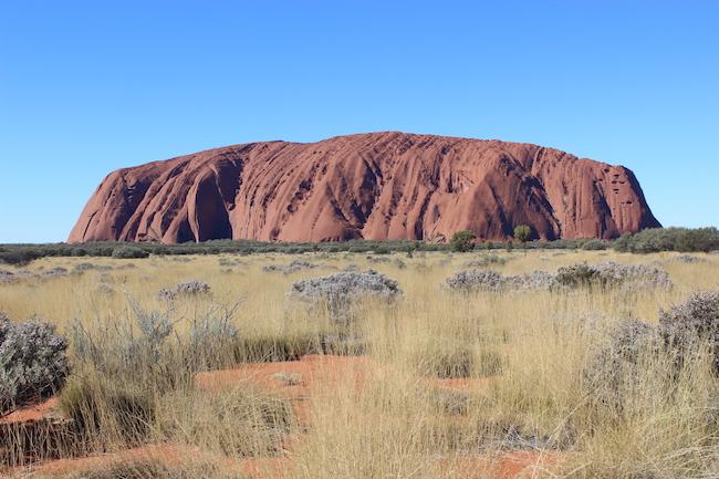 澳州地標性景點艾爾斯岩將於今年10月26日起永久關閉。網圖