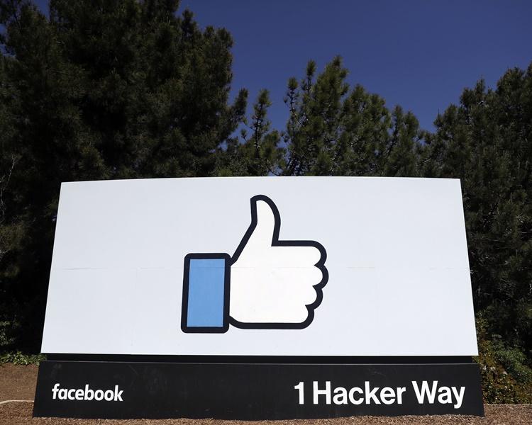 FTC表決通過向站facebook罰款大約50億美元。