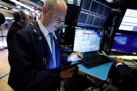 美股周一上升。AP