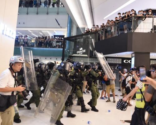 傳政府研究頒布戒嚴令 保安局:續按現行機制處理遊行集會