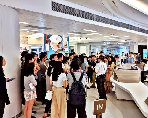 【沙田衝突】警將檢商場CCTV 網民促新城市回應否則包圍客服台