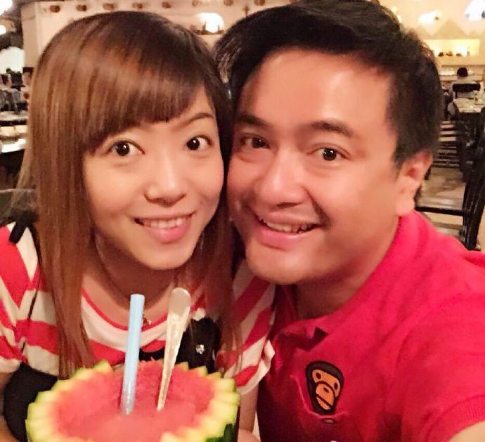 黃永峰不時與老婆網上放閃。