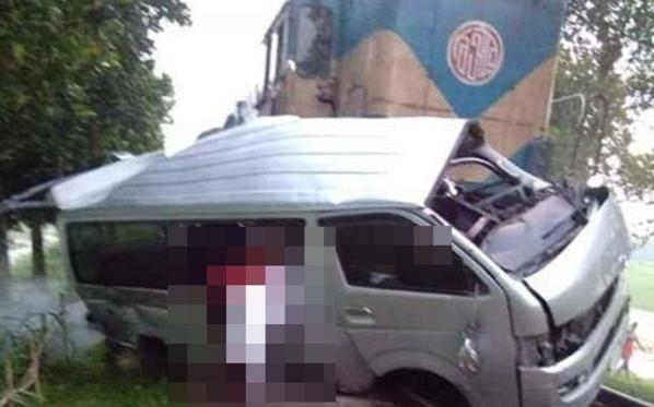 火車與結婚禮車相撞  孟加拉一對新人連同9名親友罹難