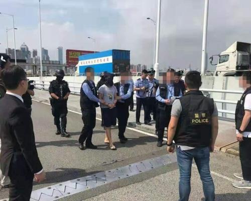 【元朗斬人】17歲青年被殺 內地向港警移交潛逃「洗頭仔」