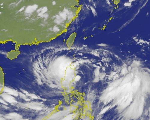 「丹娜絲」迫近台灣深夜發海上警報 行政院提醒備妥3日糧食