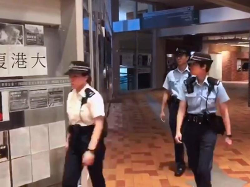 有警員進入港大校園。香港大學反送中關注組圖片