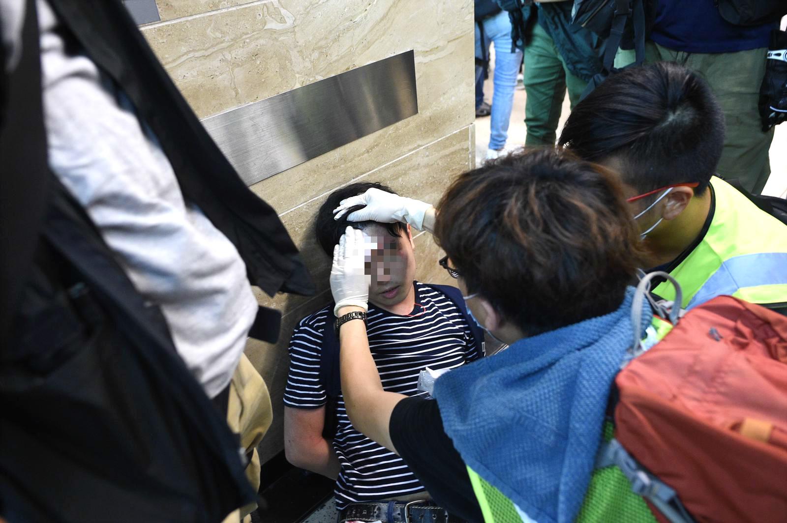 多人在連串衝突中受傷。資料圖片