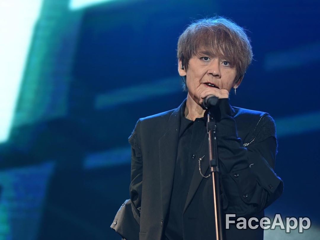 姜濤說,希望將來老了也可繼續唱歌為大家表演。 姜濤微博圖