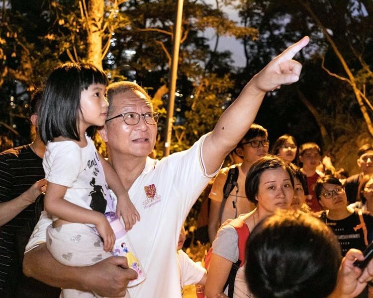 梁榮武將對女兒的父愛,延續至孫兒一代。 受訪者