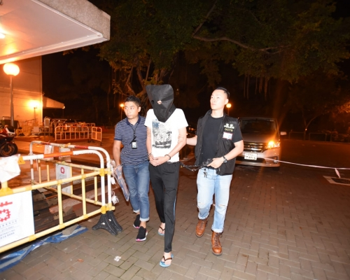 【荃灣武器庫】警方再拘兩男子 涉無牌藏有爆炸品