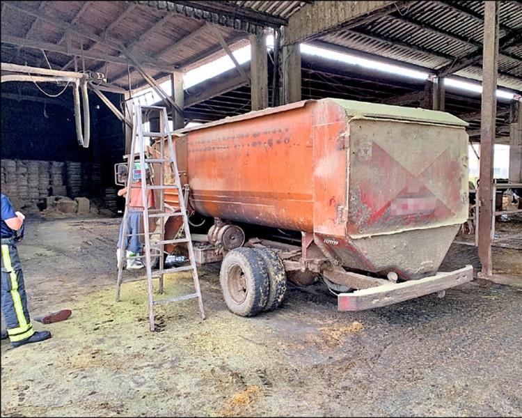 肇事的牧草粉碎機。網圖