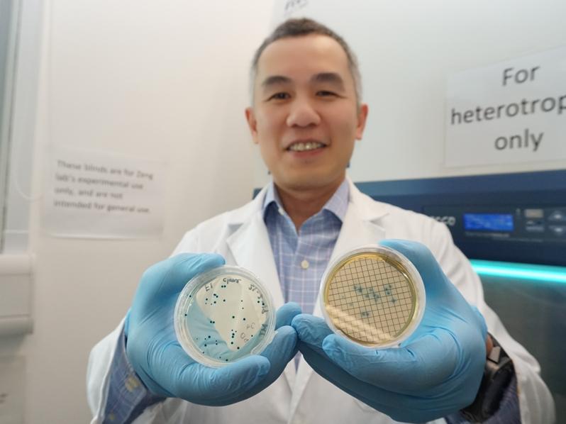 劉振鈞是土生土長的海洋學家。