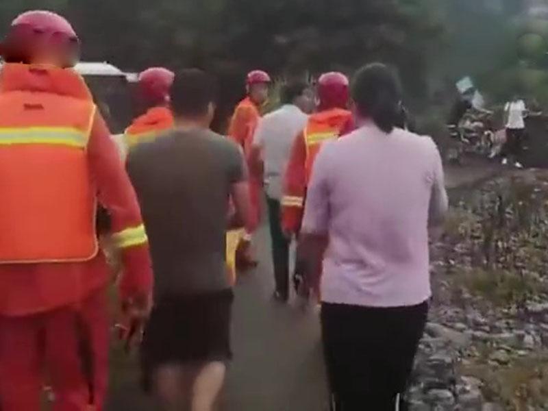 江西靖安暴雨引發山洪 283名行山人士被困當中4人死亡。(網圖)
