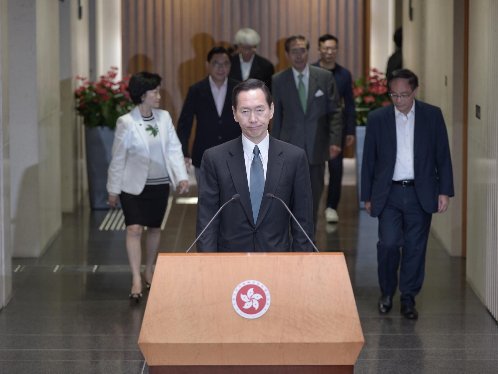陳智思指行會成員一致對昨晚發生的連串暴力行為表示不能接受。