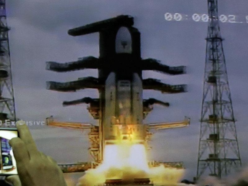 印度「月船2號」探測器成功進入軌道。AP