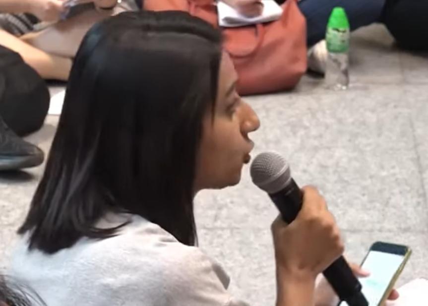 利君雅在記者會中多次追問林鄭月娥。港台影片截圖