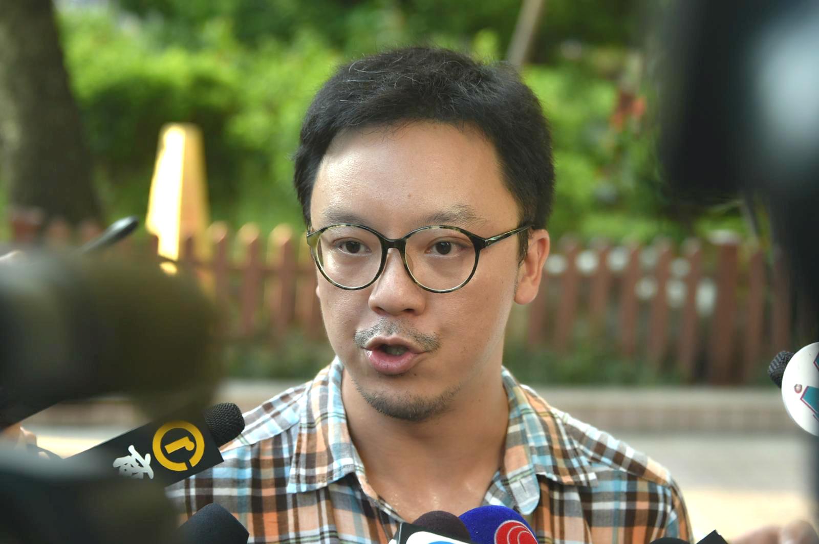 鍾健平與警方會面不歡而散。