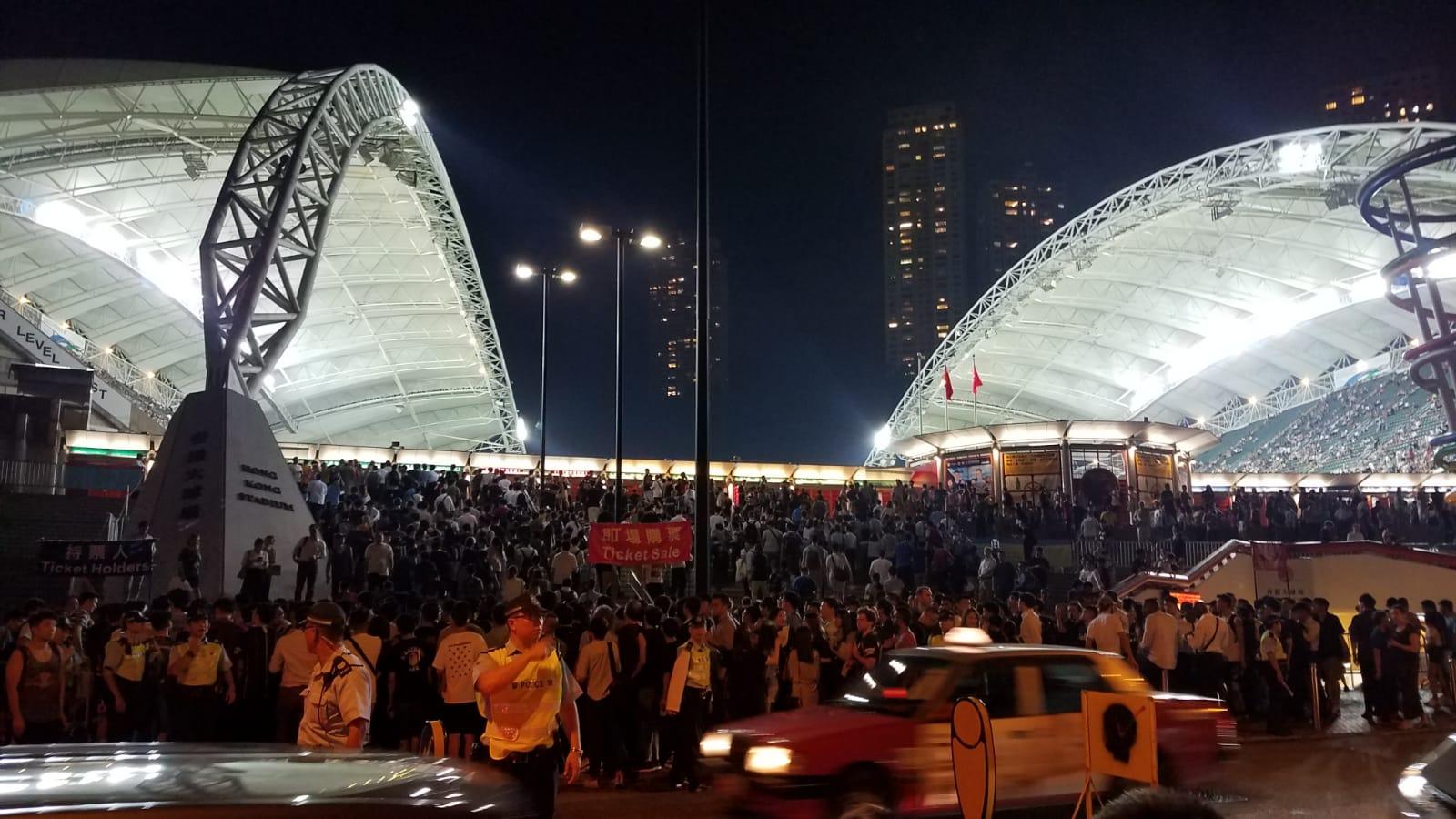 曼城在香港大球場與傑志舉行友誼賽