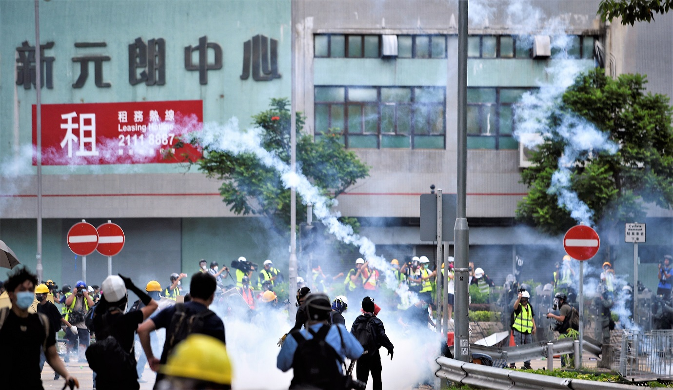 【元朗衝突】政府強烈譴責 有示威者蓄意破壞社會安寧