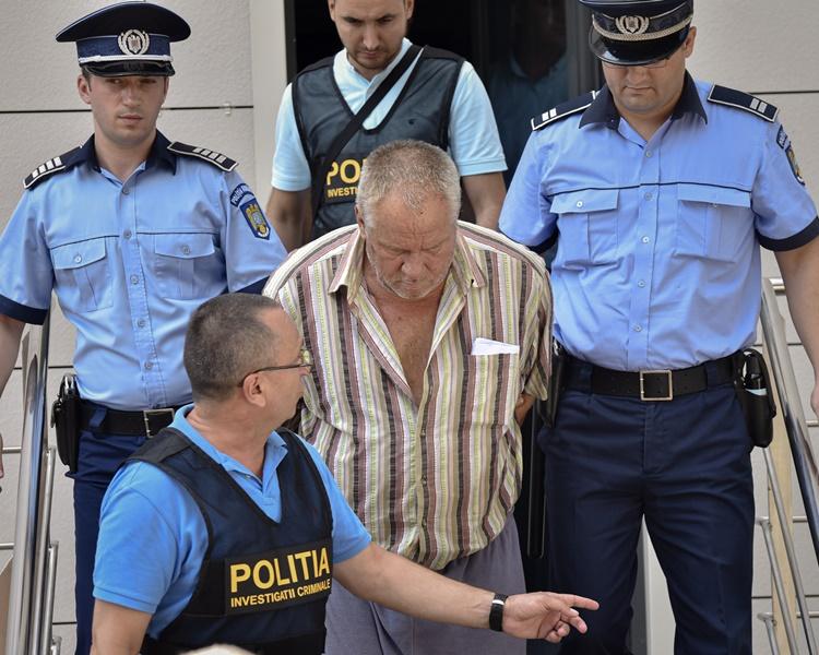 65歲疑犯丁卡被捕。AP