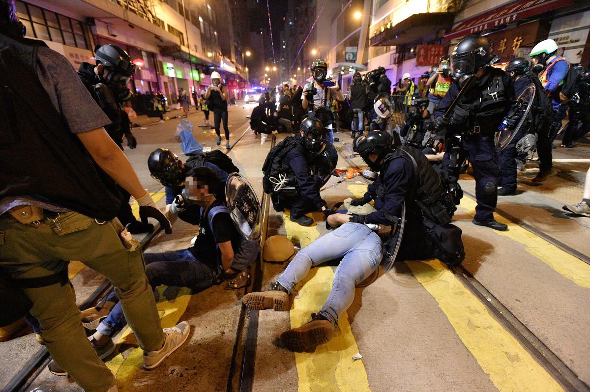 警方在行動中拘捕49人。資料圖片