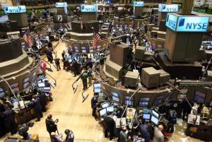 美股先升後挫 杜指跌1.05%收26583