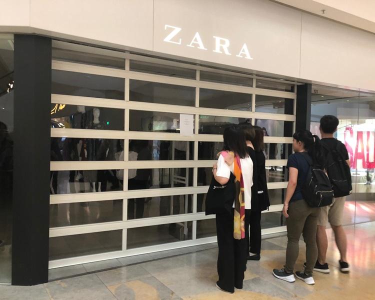 金鐘太古廣場及金鐘廊有服裝店及化妝品店落閘關門。
