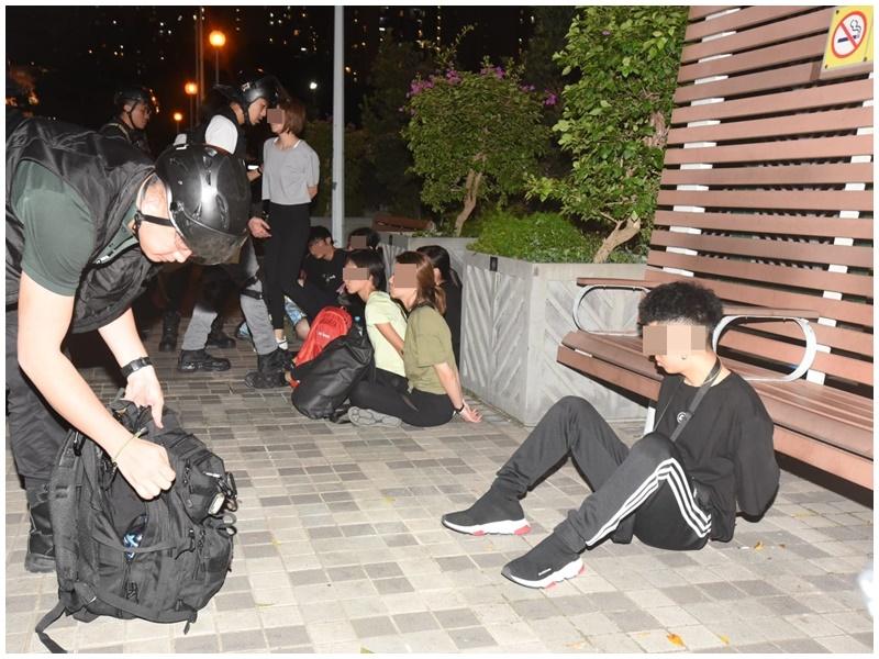 警在黃大仙集會地點拘捕9人。