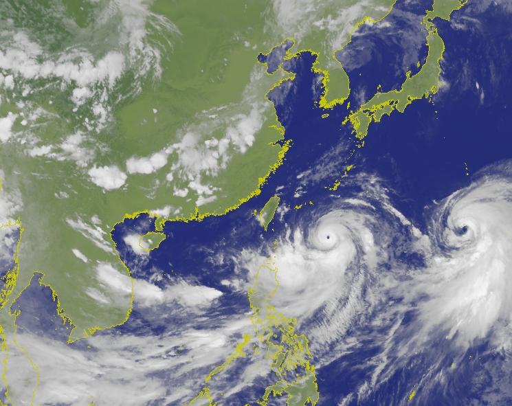 台灣中央氣象局於5點半發佈海上颱風警報,而預計最快8日淩晨發佈陸上颱風警報。網圖