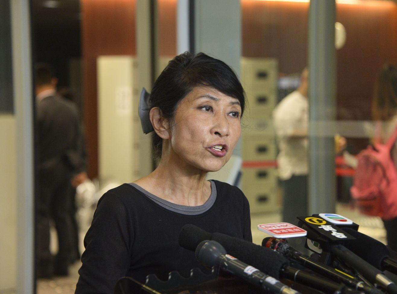 毛孟靜亦質疑,警方執法是「多重標準」。
