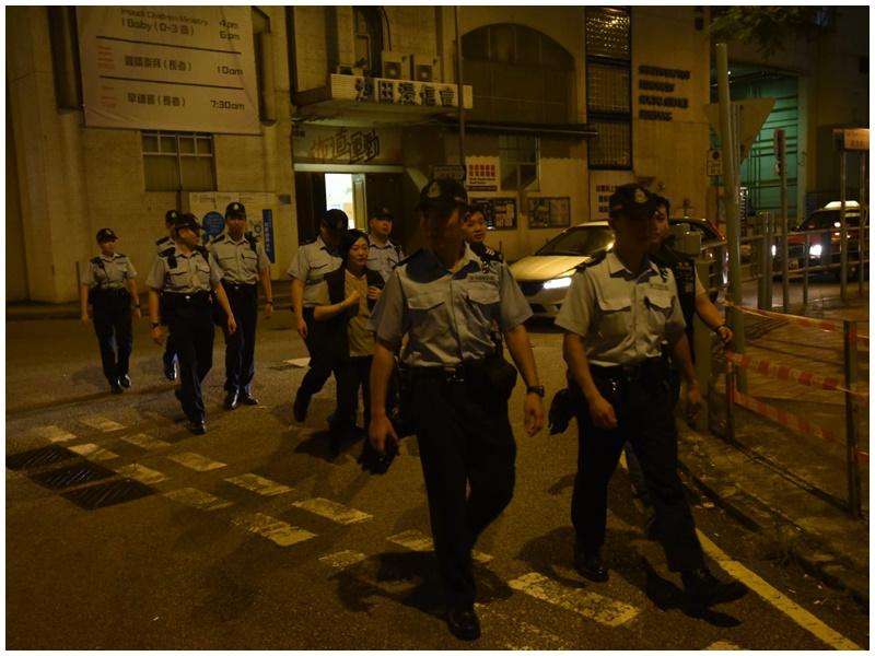 警員在沙田巡邏。