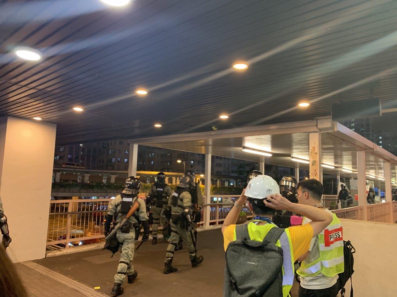 防暴警察到場。網上圖片