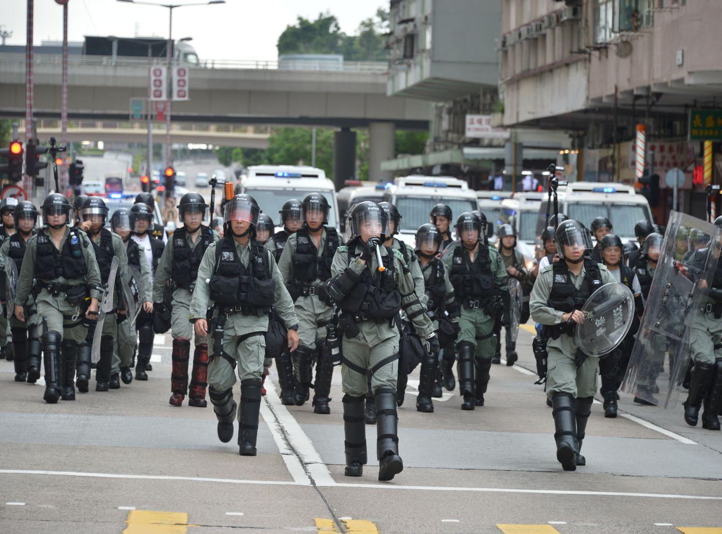 李家超指,警方是被動式採取行動。資料圖片