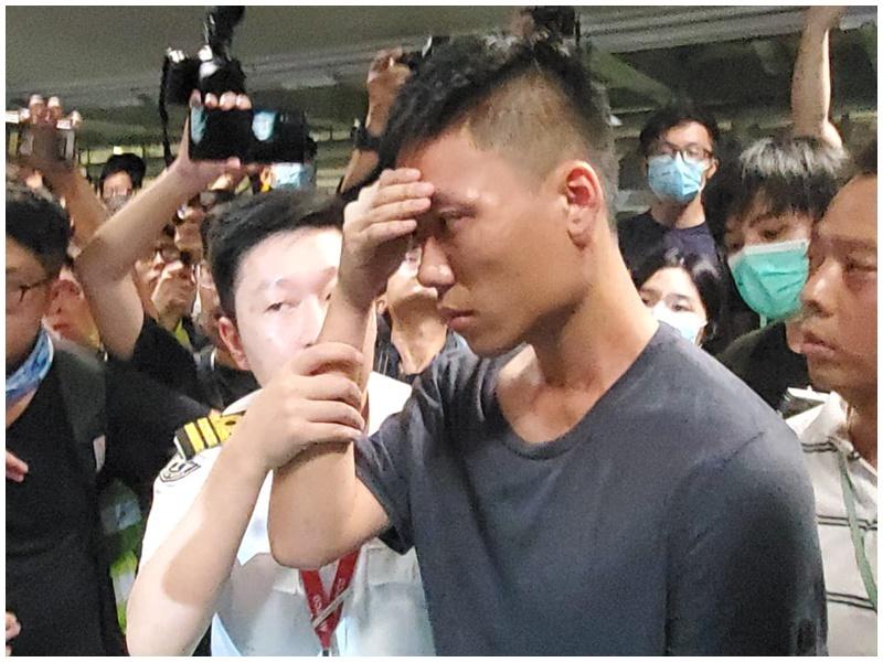 男子被懷疑是內地公安遭包圍。