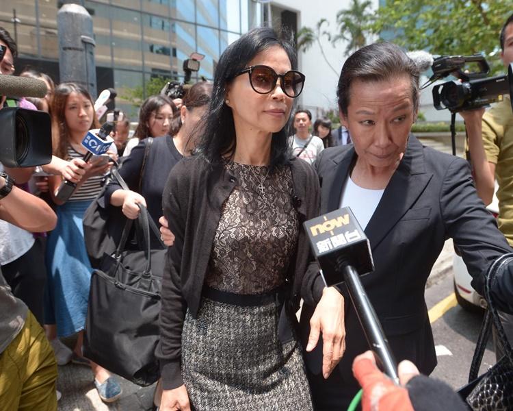 陳婉玉一言不發離開法庭。
