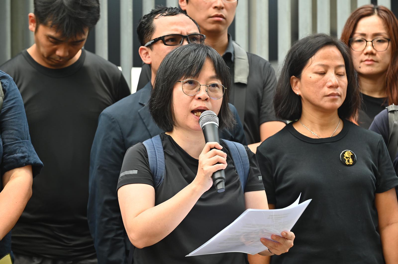 多個教育團體促請教育局局長楊潤雄與市民和學生同行。