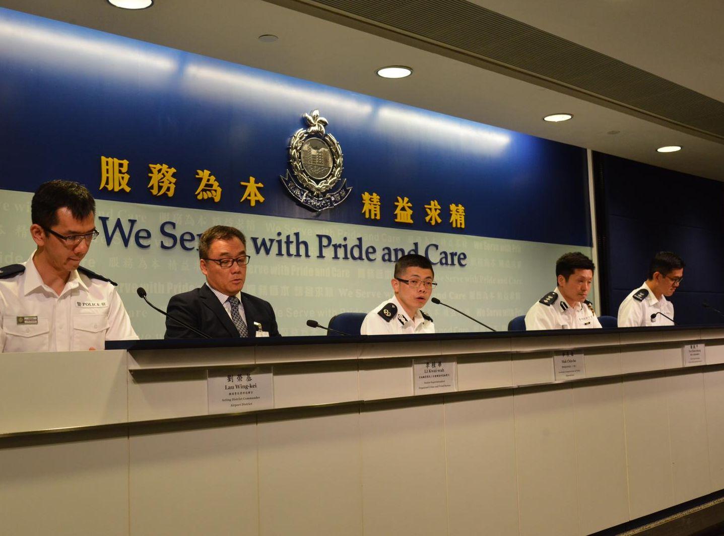 【機場集會】警:昨拘5男涉非法集結