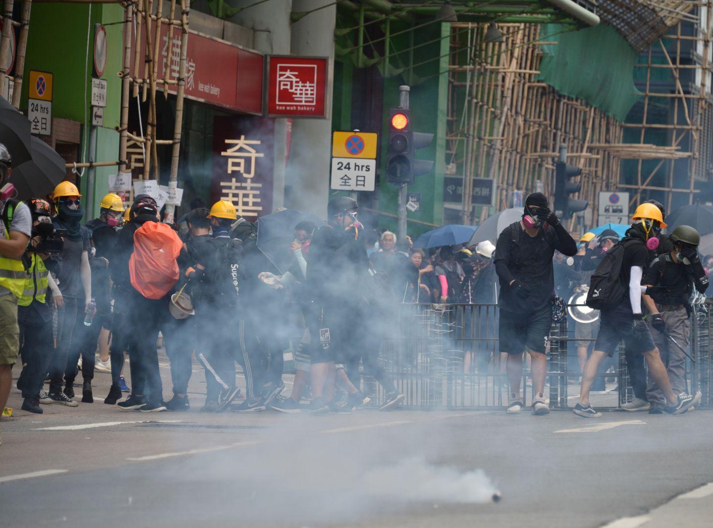 聯署譴責警方濫用暴力,胡亂於鬧市開槍草菅人命。資料圖片