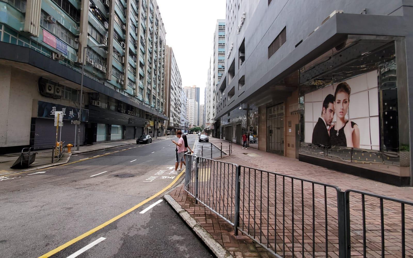 較早時內地旅行團經常出現的民樂街未見有遊客蹤影。